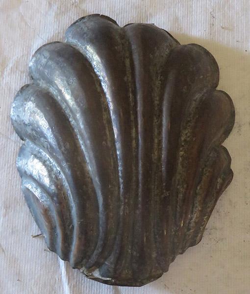 Figure 2 Baptismal shell