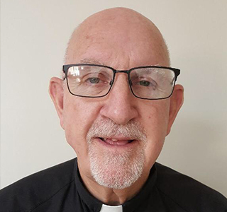 Fr_Tom_Elewaut_Headshot